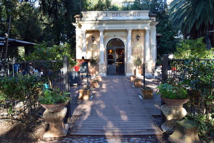 spaziergang cafe casina del lago park villa borghese rom italien