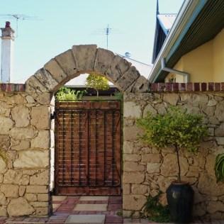 Eingang zum Garten/Hof