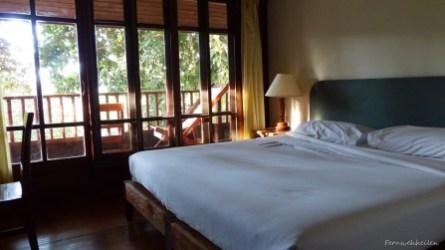 Zimmer - komplett aus Teak-Holz