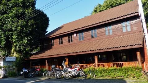 Riverhouse Hotel Mae Sariang