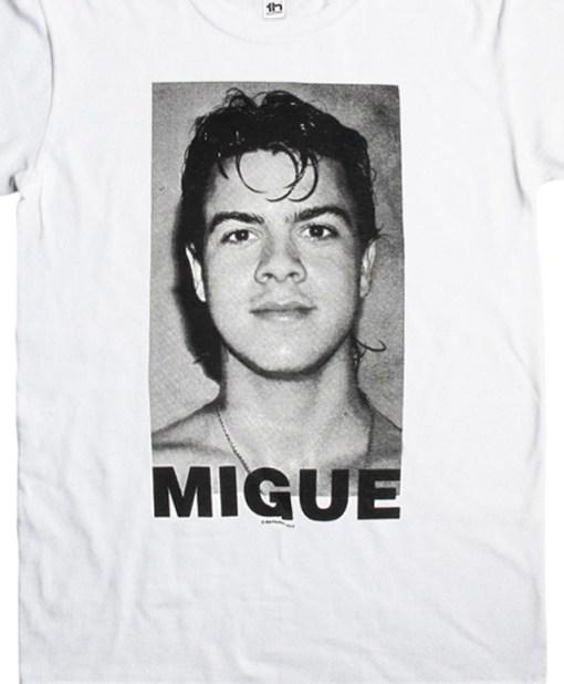 Camiseta-Hombre-Migue-Benitez-Rostro-Blanca-Detalle