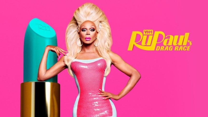 Selbstliebe durch Glitzerregen—'RuPaul's Drag Race', eine Show zwischen Empowerment und scharfer Konkurrenz
