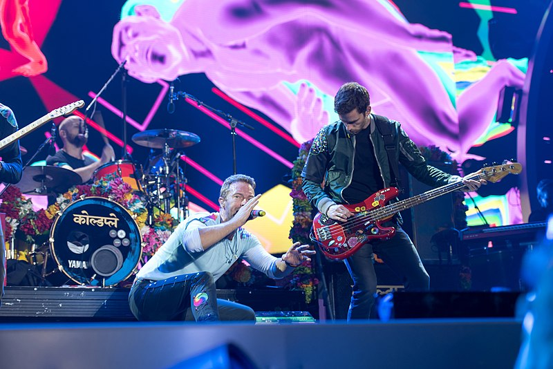 800px-Coldplay_-_Global-Citizen-Festival_Hamburg_13
