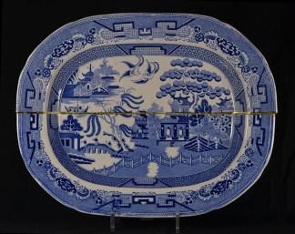 "Paul Scott, ""Scott's Cumbrian Blue(s), Willow"" 2014, collage, sliced Staffordshire transferware, brass pins, tile cement, epoxy resin, gold leaf."