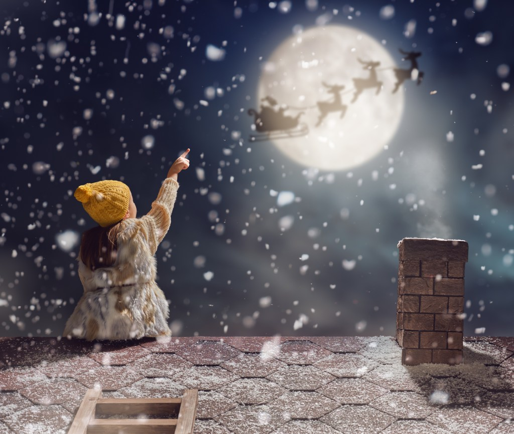 5 Roofer Tips to Help You Avoid a Nightmare Before Christmas
