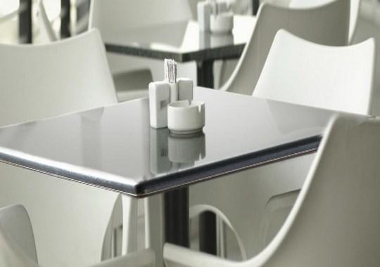 Asztalok, asztallapok, asztallábak