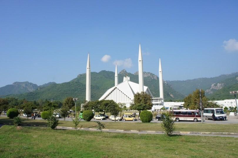 Die Shah Faisal Mosque ist DAS Wahrzeichen Islamabads und wurde zwischen 1976 und 1986 gebaut. Sie war ein Geschenk des saudi-arabischen Königs Faisal