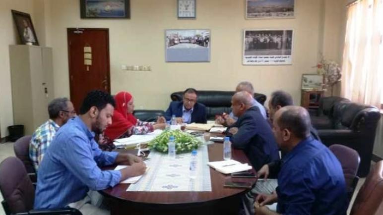 رئيس جامعة عدن يترأس اجتماعًا لتنظيم المعرض الوطني للاختراع والإبداع