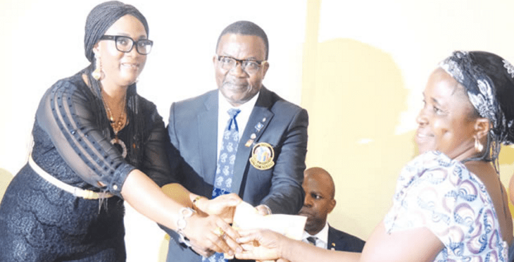 amuwo odofin women get empowered rotary club - Amuwo Odofin Rotary conducts free medical outreach for residents