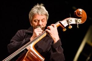 Ares Tavolazzi, bassista e contrabbassista degli Area