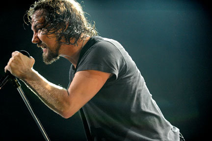 Pearl Jam Live Eddie 2009