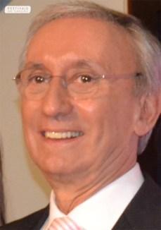 Júlio Isidro