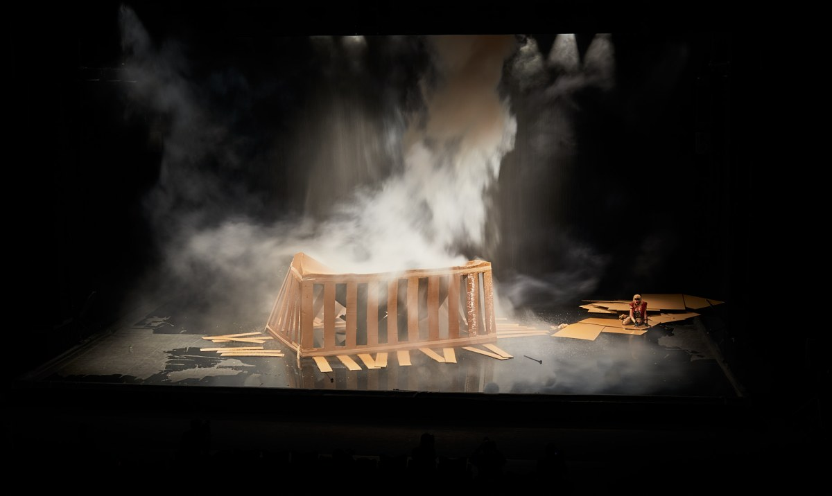 FESTIVAL D'AVIGNON – Les contes de Phia Ménard