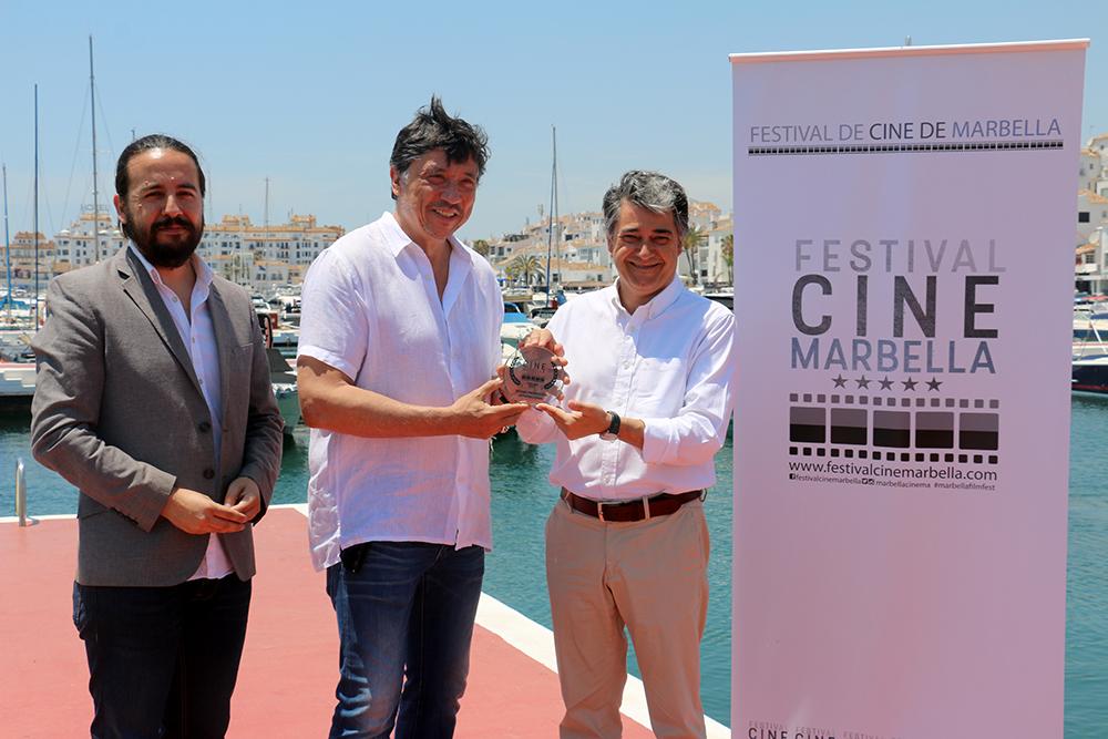 El actor Carlos Bardem recibe el Premio Proyección Internacional del Festival de Cine de Marbella