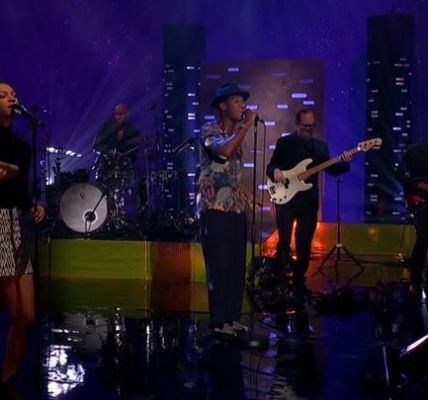 Leon Bridges on Graham Norton