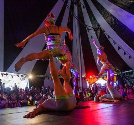 🤹‍️LET'S CIRCUS STREET SHOW🤹‍️ Thurs – Sat 12.30pm & 3pm daily at The Narrows. L...