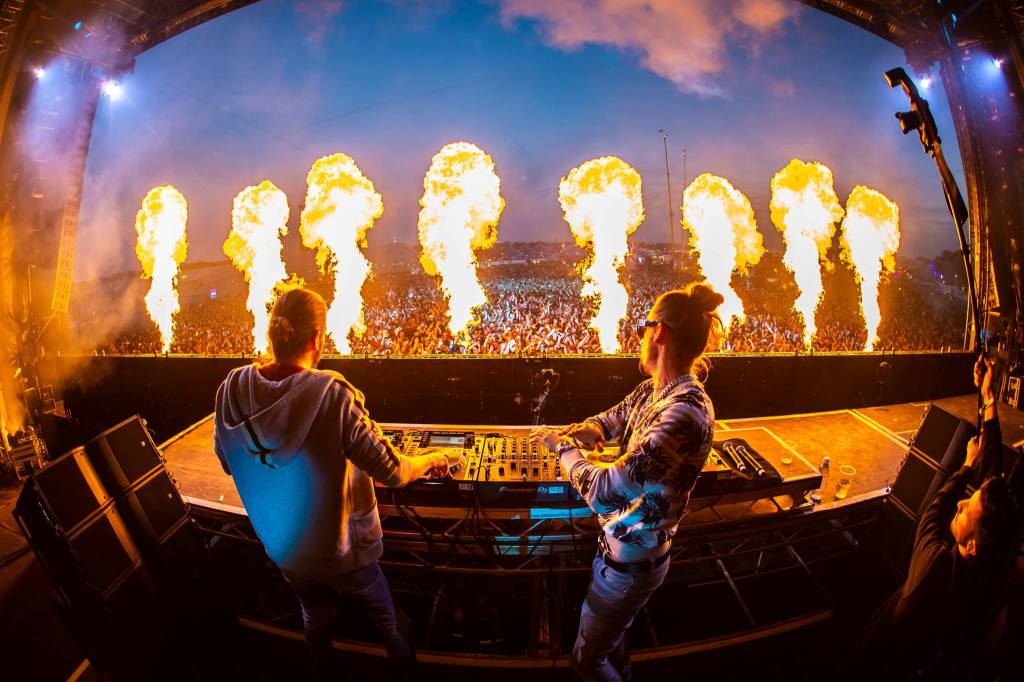 This December, Dimitri Vegas & Like Mike bring the heat to Liverpool as they...
