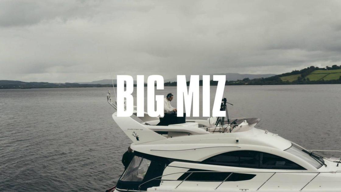 Big Miz on Loch Lomond | Music Is The Answer