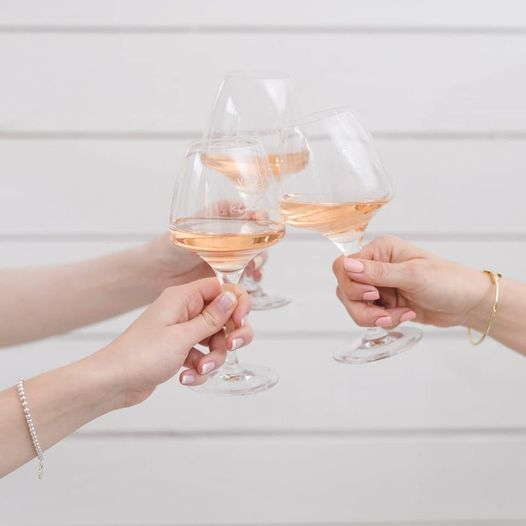 Immerse yourself in Mediterranean sophistication and discover gorgeous rosé wine...