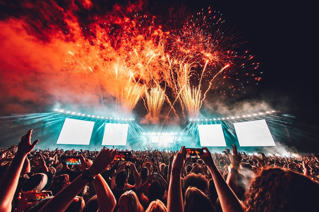 #cinchxCreamfields  Sign up now for tickets for 2022!  creamfields.com/signup...