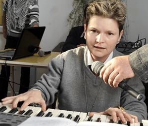 Ruxandra Brezeanu - profesor de muzică ușoară