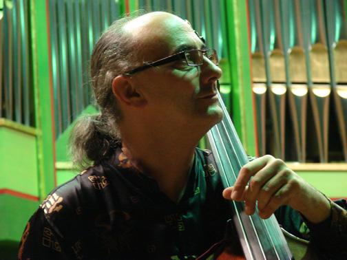 Maestrul Cătălin Rotaru - Contrabas și Jazz