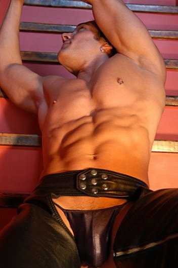 leather001_002