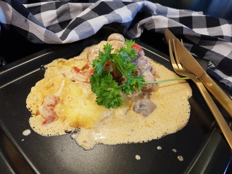 Baconsurret Kylling i Kremet Sambal Oelek Saus!