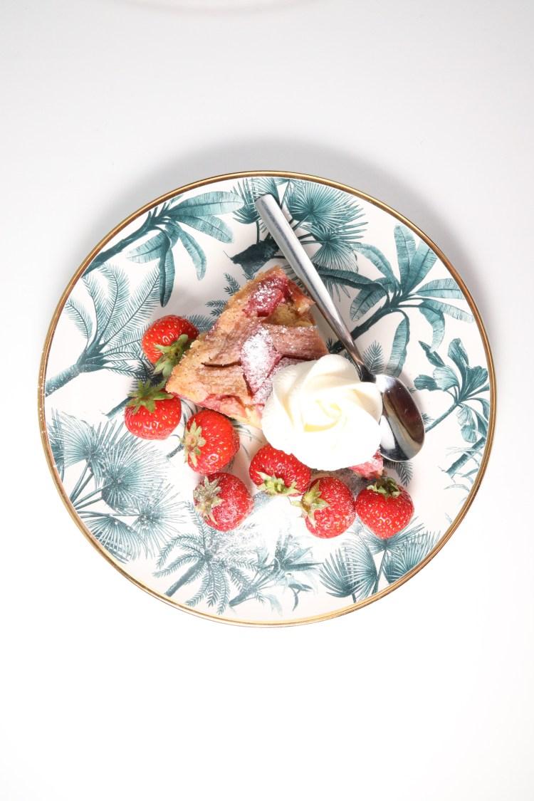 Opp-ned Rabarbra kake (lavkarbo, sukkerfri, glutenfri)