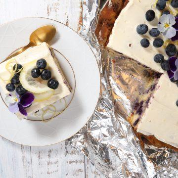 Lavkarbo Sitronkake med blåbær!