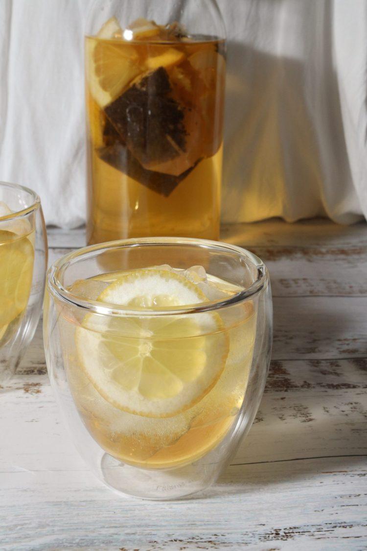 Kaldbrygget iste med sitron (sukkerfri)