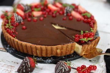 Terte med Vaniljekrem & Sjokoladeganache! (keto, glutenfri)