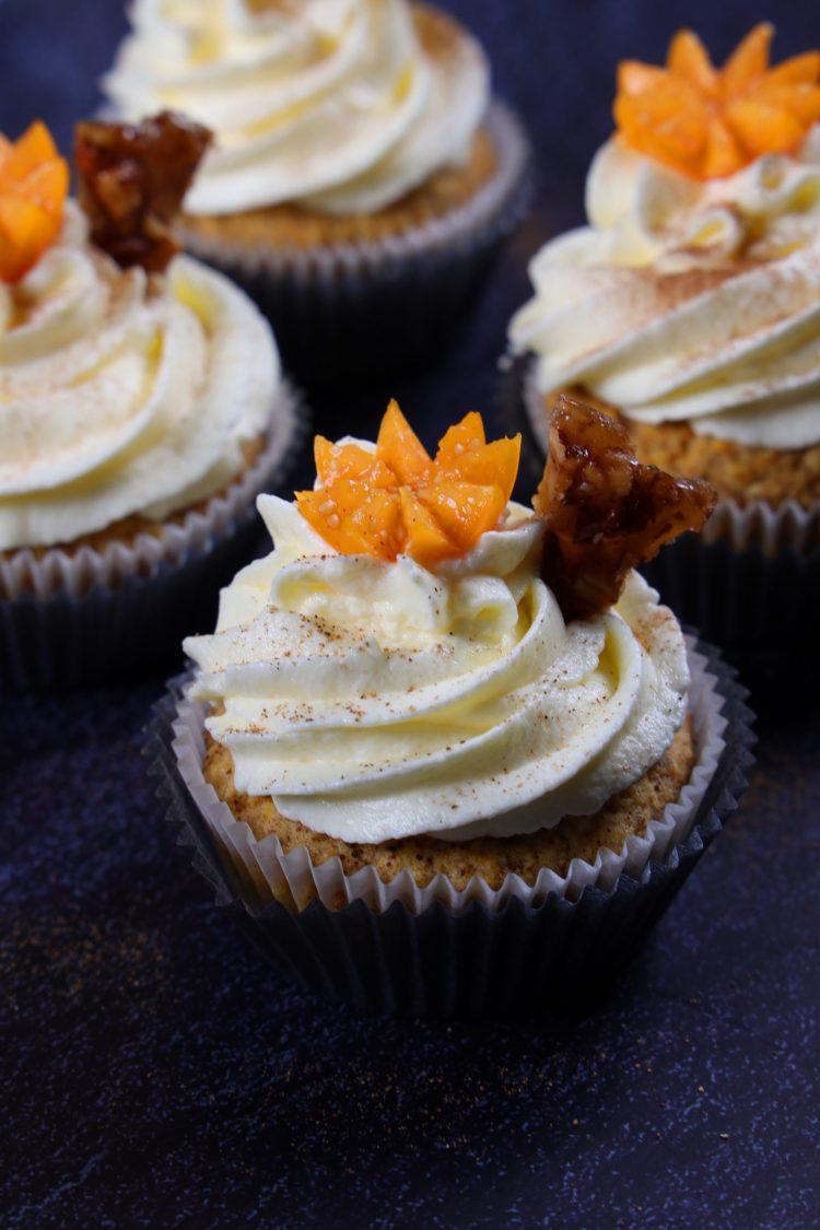 Lavkarbo cupcakes med kremostglasur