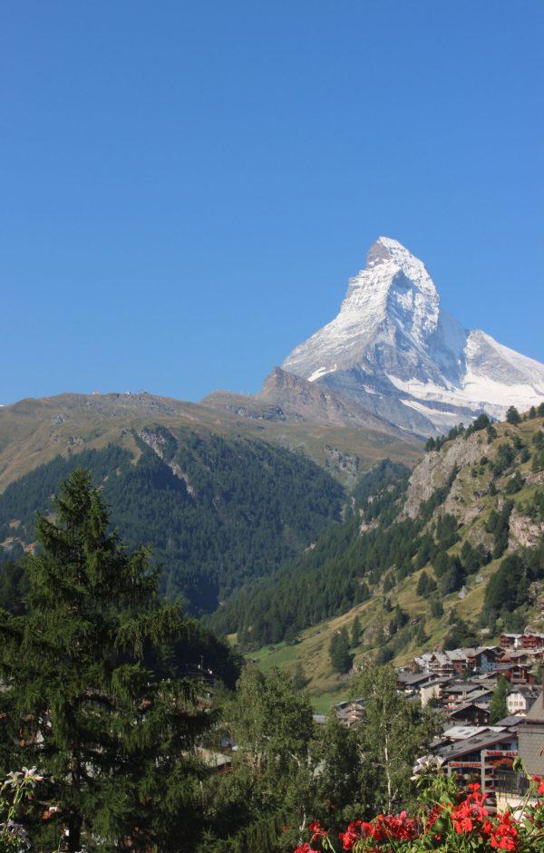 スイスのマッターホルン(仏名セルバン:Cervin)
