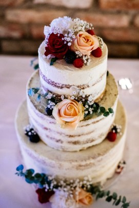 Hochzeitstorte by Van Hagen Cakes