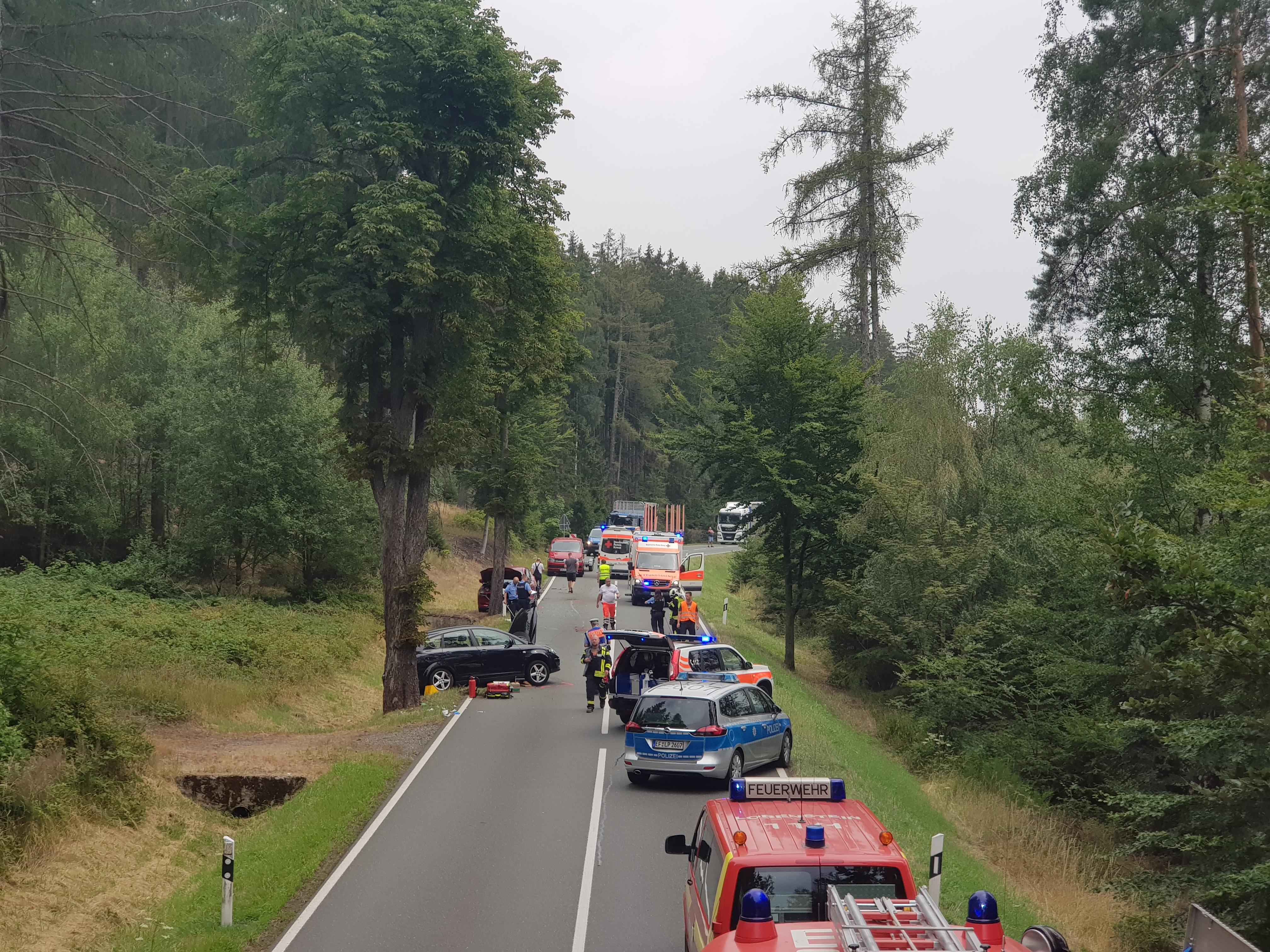 Verkehrsunfall mit 3 Pkw