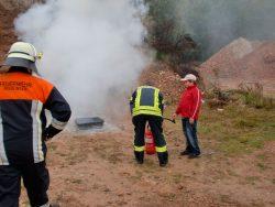 Jugendaktionstag 2010 - Feuerlöscherübung in der Schuttgrube
