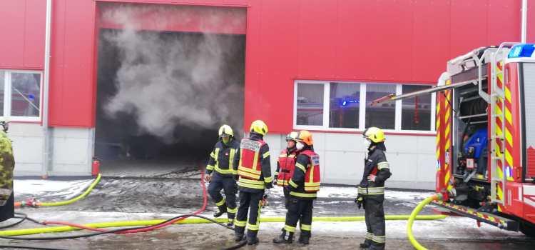 Brandeinsatz bei Fa. Schaufler in Ybbs