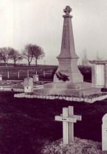 Fère-Champenoise, Monument commémoratif de la Nécropole nationale (source photo : Alain GIROD 07-03-2008)