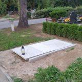 Wyznaczone miejsce na grobowiec i pomnik