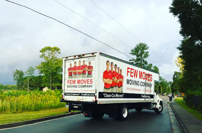 Should I Hire a Moving Company or a Rental Truck?