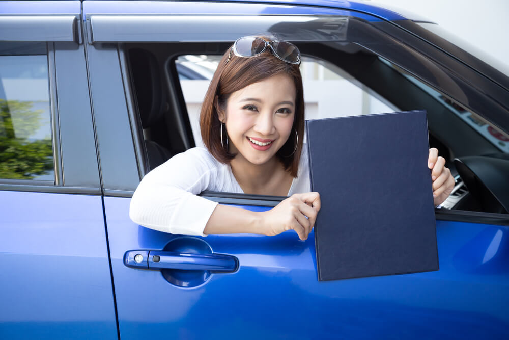 Does Your Teen Driver with a Learner's Permit Need Vehicle Insurance?