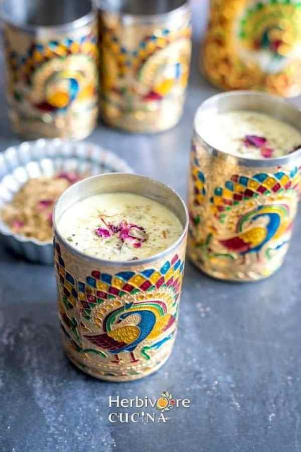 thandai in a decorated glass