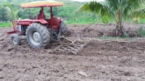 2016-08-31 plowed field 5 R