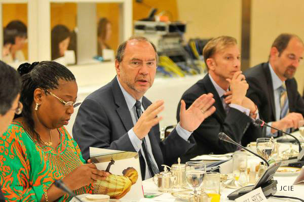 (Left to right) Senegalese Health Minister Awa Marie Coll-Seck, Director of the London School of Hygiene and Tropical Medicine and Hideyo Noguchi Africa Prize Laureate Peter Piot, and Global Fund Executive Director Mark Dybul