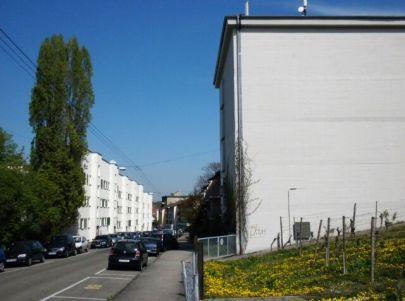 Von den Nationalsozialisten unbeabsichtigte Korrelation von Bunker und Wohnbebauung. Sattelstraße 46.