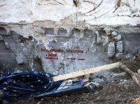 Blick in die Vergangenheit nach Abbruch des TWS-Gebäudes. Beschriftung aus den 1930er Jahren im freiliegenden Untergeschoß an der Thouretstraße 2011.