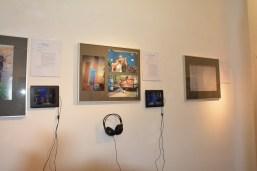 Fotodokumente, eine Kurzvita, eine Bilderstrecke und ein Tondokument auf digitalen Bilderrahmen geben Einblicke in 45 Jahre Stuttgarter Musikgeschichte.