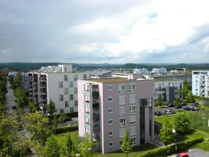 Blick auf die Neubauten entlang der Auerbachstraße (früher Von-Seeck-Straße)