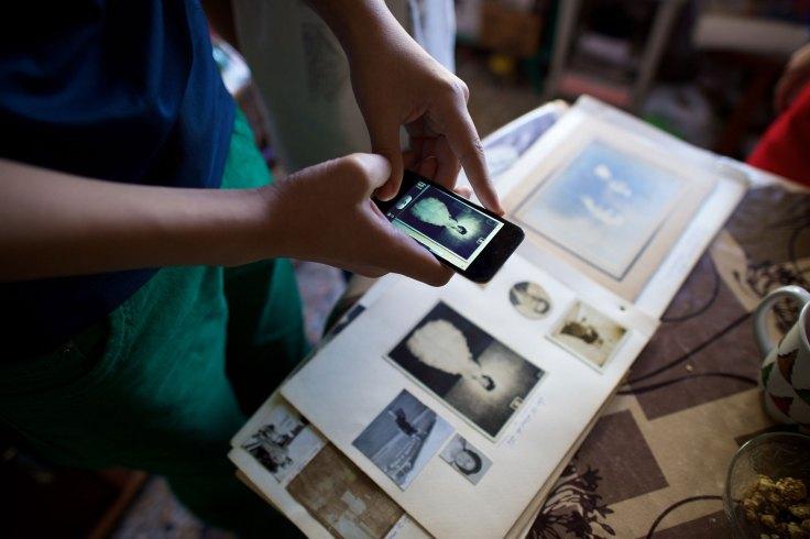digitizing old family photos